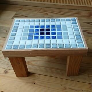 モザイクの木製台☆ミニテーブルにも(ローテーブル)