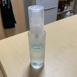 フィアンセ(FIANCEE)のフィアンセボディミストピュアシャンプーの香り(香水(女性用))