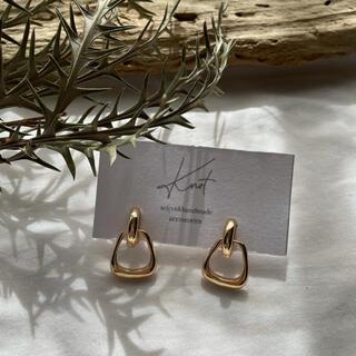 BEAUTY&YOUTH UNITED ARROWS - trapezoid earrings-gold-