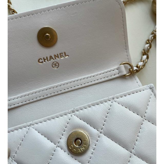 CHANEL(シャネル)のCHANEL ボールチェーンフラップコインパース レディースのバッグ(ショルダーバッグ)の商品写真