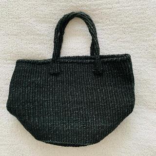 トゥモローランド(TOMORROWLAND)のザイザルバッグ♡ブラック 美品(かごバッグ/ストローバッグ)