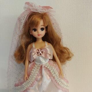 タカラトミー(Takara Tomy)のリカちゃん人形 本体&ドレスお着替えセット(人形)