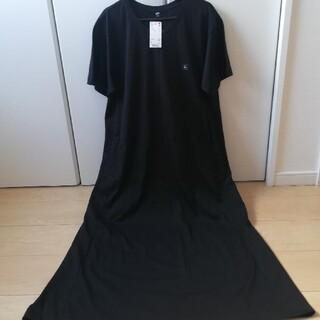 新品 UNIQLO ベルデット Tシャツ ロングワンピース