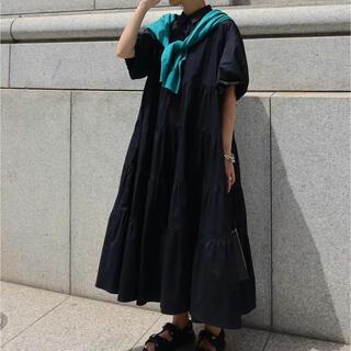 新品 machatt マチャット ボリュームスリーブティアードドレス(ブラック)