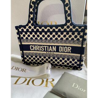 Dior - DIOR ブックトートミニ 限定 ドット新品未使用