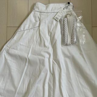 Noela - フレアスカート