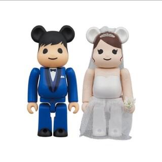 メディコムトイ(MEDICOM TOY)のベアブリック 結婚 4 PLUS 100%(キャラクターグッズ)