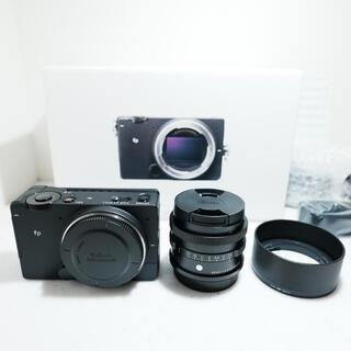SIGMA - sigma fp + 45mm f2.8 セット