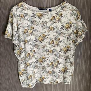 ユニクロ スタジオサンダーソン 花柄Tシャツ