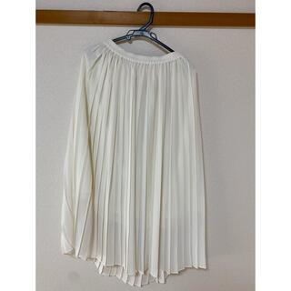ユニクロ(UNIQLO)のプリーツスカート(ひざ丈スカート)