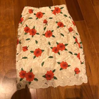 リリーブラウン(Lily Brown)のLily brown カットワークフラワースカート(ひざ丈スカート)