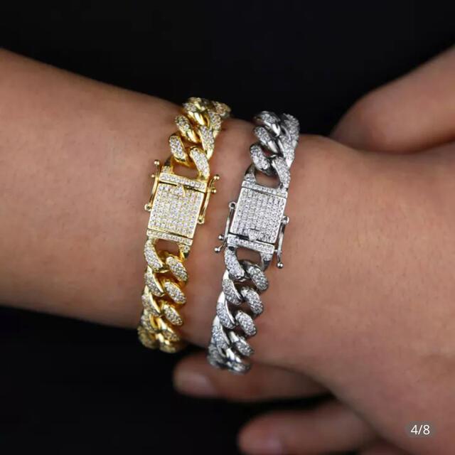 喜平チェーン 喜平ブレスレット シルバーカラー シルバー マイアミキューバン メンズのアクセサリー(ブレスレット)の商品写真