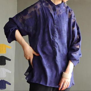 antiqua - antiqua スタンドカラー シアーフラワーシャツ