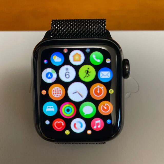Apple(アップル)の【専用】Apple Watchシリーズ6 ステンレス【セルラー】 40MM メンズの時計(腕時計(デジタル))の商品写真