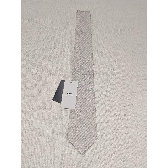 ARMANI COLLEZIONI(アルマーニ コレツィオーニ)の【新品・未使用】アルマーニ コレツォー二 高級ネクタイ シルク イタリア製 メンズのファッション小物(ネクタイ)の商品写真