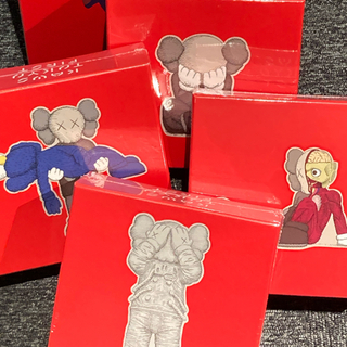 MEDICOM TOY - KAWS TOKYO FIRST PUZZLE パズル 5種セット