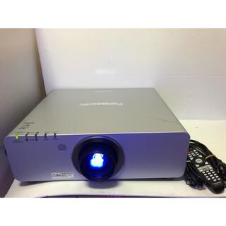 パナソニック(Panasonic)のPanasonic PT-DZ770S 7000lm 2画面 ランプ各285H(プロジェクター)