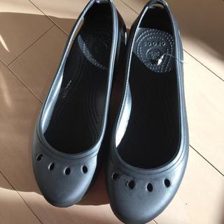クロックス(crocs)の新品★クロックス 25cm サンダルフラットシューズ(サンダル)