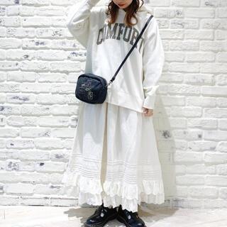サマンサモスモス(SM2)のSamansa Mos2*裾段スカラップスカート*オフ*新品タグ付き(ロングスカート)