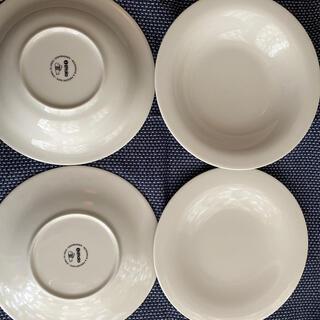 イッタラ(iittala)のiittalla   サルヤトン 枚× 2    4枚セット(食器)