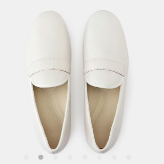 ムジルシリョウヒン(MUJI (無印良品))のタグ付新品 無印良品 レザーオペラシューズ25cm・オフ白(ローファー/革靴)