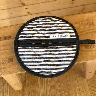 ディーンアンドデルーカ(DEAN & DELUCA)のセール‼️新品未使用❣️ディーン&デルーカ ポットホルダー 鍋つかみ❣️(収納/キッチン雑貨)