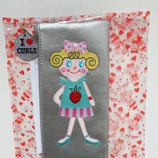 カーリーコレクション(Curly Collection)の新品カーリーコレクション合皮ワッペン縦長ポーチ(ポーチ)