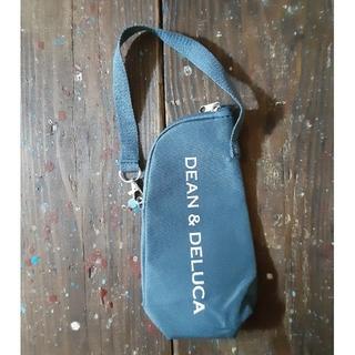 ディーンアンドデルーカ(DEAN & DELUCA)のDEAN&DELUCAストラップ付き保冷ボトルケース(日用品/生活雑貨)
