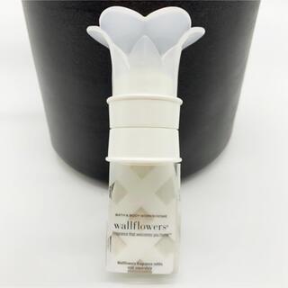 バスアンドボディーワークス(Bath & Body Works)のルームフレグランス バスアンドボディワークスウォールフラワーWallflower(アロマポット/アロマランプ/芳香器)