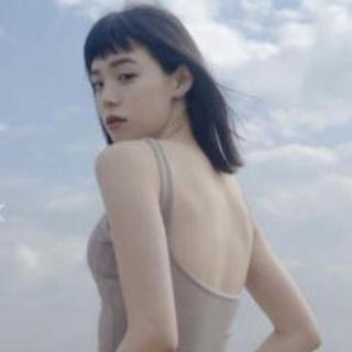 ラヴィジュール(Ravijour)の【新品未使用】Kato Junko ヒラキタンク霞色-GLAMOUR FIT(タンクトップ)