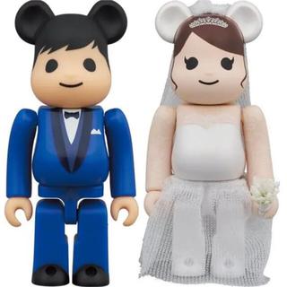 メディコムトイ(MEDICOM TOY)のBE@RBRICK グリーティング結婚 4 PLUS 100%/ベアブリック(フィギュア)