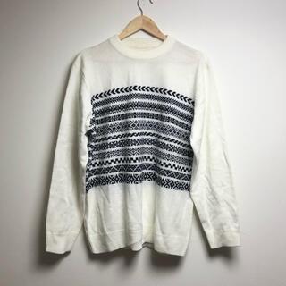ジーユー(GU)の古着 ジーユー GU   ニット アイボリー 幾何学模様 セーター(ニット/セーター)