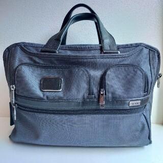 トゥミ(TUMI)のTUMI ALPHA2 2way ブリーフケース メーカー保証期間内(ビジネスバッグ)