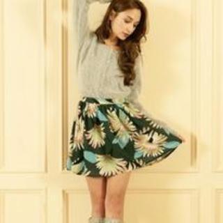 ニーナミュウ(Nina mew)のninamew  デイジー柄フレアスカート 美品(ミニスカート)