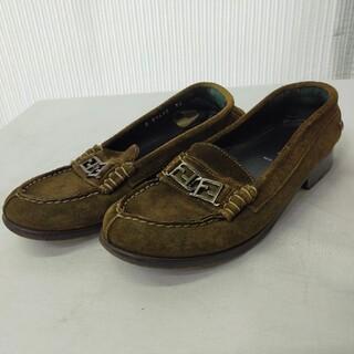 フェンディ(FENDI)のFENDI フェンディ スエード FFロゴ ビット ローファー(ローファー/革靴)