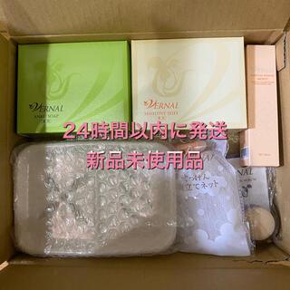 ヴァーナル(VERNAL)のヴァーナル パッと白洗顔セット 新品未使用品 24時間以内に発送(サンプル/トライアルキット)
