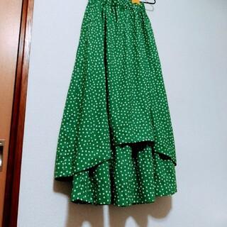 フェリシモ(FELISSIMO)のグリーン ドットスカート(ロングスカート)