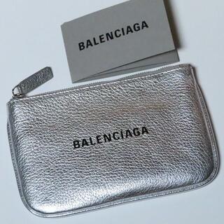 バレンシアガ(Balenciaga)の7万新品BALENCIAGAシルバーレザーポーチ小物入れカードケースバレンシアガ(コインケース/小銭入れ)