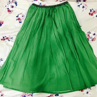 ティアンエクート(TIENS ecoute)の緑 スカート(ひざ丈スカート)