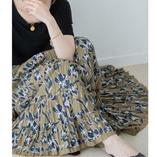 スピックアンドスパンノーブル(Spick and Span Noble)の20SS ノーブル マリハ 草原の虹のスカート(ロングスカート)