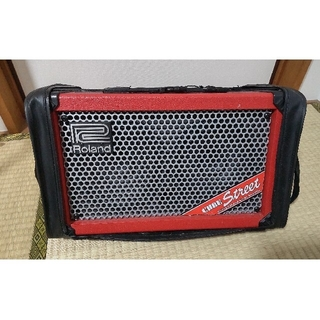 ローランド(Roland)のROLAND Cube street Red  アンプ ギター 美品(ギターアンプ)