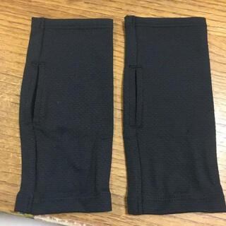 ユニクロ(UNIQLO)の新品未使用 エアリズムUVカットメッシュアームカバー ショート ブラック 1P(手袋)