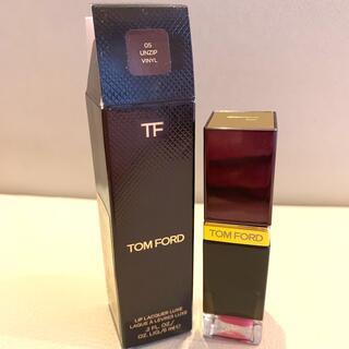 トムフォード(TOM FORD)の05リップラッカーリュクス(ビニール)(リップグロス)