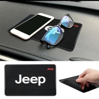 ジープ(Jeep)の★ジープJeep滑り止めマット★(車内アクセサリ)