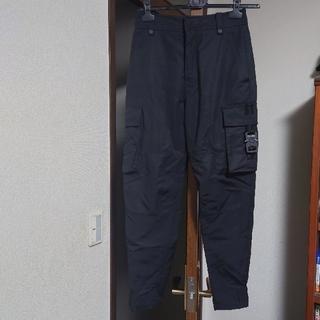 ディオールオム(DIOR HOMME)のディオール alyxバックルカーゴパンツ 44 シャツジャケットコートレザー(ワークパンツ/カーゴパンツ)