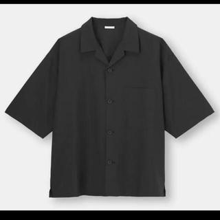 ジーユー(GU)のGU ドライワイドフィットオープンカラーシャツ ブラック(シャツ)