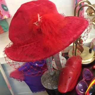 ヴィヴィアンウエストウッド(Vivienne Westwood)の❤️50s ヴンテージ ❤️年代物…フェザー羽根レース赤ハット定価9000(ハット)