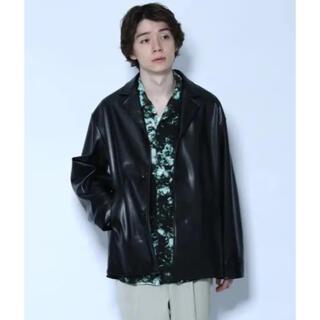 ハレ(HARE)の【新品】HARE シンセティックレザーシャツジャケット(テーラードジャケット)