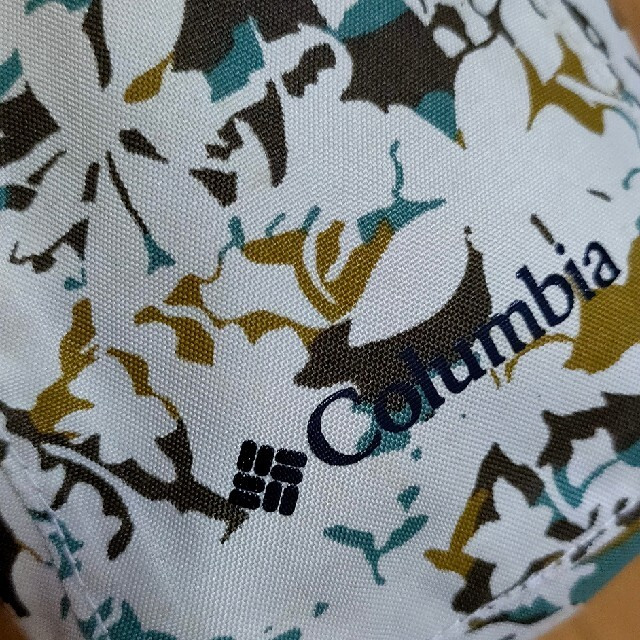 Columbia(コロンビア)のColumbia ポーチ カラビナ付き 防水 メンズのバッグ(その他)の商品写真