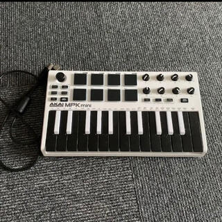 Akai MPK mini MIDIキーボードコントローラー